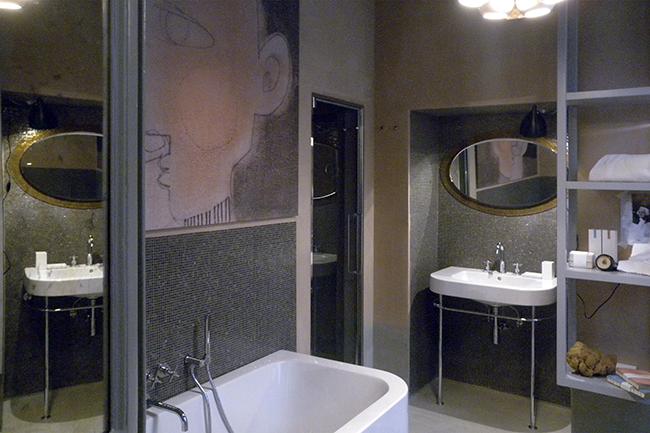 Apt4 bathrooms bathtub and turkish bath