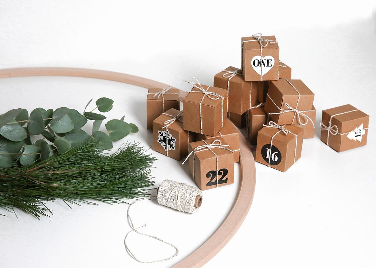 alle jahre wieder ein adventskalender f r liv lilaliv. Black Bedroom Furniture Sets. Home Design Ideas